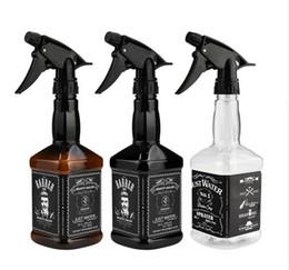 2018 NUEVO Hair Salon Capes 650 ML Peluquería Spray Bottle Salon Peluquería Cabello Herramientas Rociador de agua dropship en venta