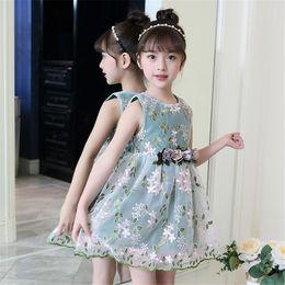 Korean Baby Flowers Canada - 2018 Dunhuang net summer explosions new Korean version of female baby embroidered flower dress cuhk sleeveless princess skirt