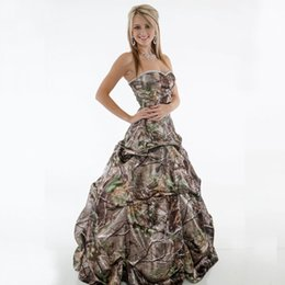 T Back Modern Wedding Dress UK - Camo Ball Gown Wedding Dresses 2018 New Beading Sweetheart Sleeveless Lace Up Back Draped Satin Long Country Camouflage Bridal Gowns Custom