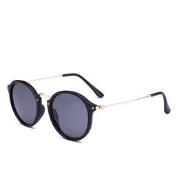 Chinese  Polarized cat eye sunglasses unisex aviator sunglasses, 100% UV protection, with mirror box and mirror cloth manufacturers