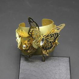 $enCountryForm.capitalKeyWord Canada - New Big Crystal Flower Bracelet Cross Gem Metal Vintage Word Wide Bracelet Bangle HandStylish and delicate 548