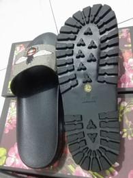 Moda sandálias de slides chinelos para mulheres dos homens COM ORIGINAL BOX 2018 Hot Designer flor impressa praia unisex chinelos chinelo MELHOR QUALIDADE