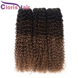 cheveux human hair 2021 - Blonde Ombre Hair Weave Peruvian Virgin Kinky Curly Human Hair Bundles Colored Three Tone 1B 4 30 Curly Ombre Hair Extensions de cheveux