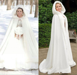 Plus size Winter 2019 Bridal Shawls Jackets Cape Faux Fur Christmas Cloaks Hooded Perfect Wedding Wraps Abaya Wedding Dresses