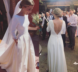 Wholesale New Design Garden Wedding Dresses Backless A Line Sweep Train Long Sleeves Charming Simple Elegant White Bridal Gowns Cheap Custom