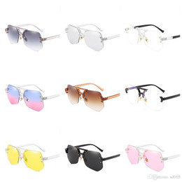 Sun Wearing Glasses NZ - Colorful Classical Sunglasses Wear Comfortably Anti Glare Rimless Sun Glasses Nose Care Plain Glass Spectacles For Men And Women 14jr B