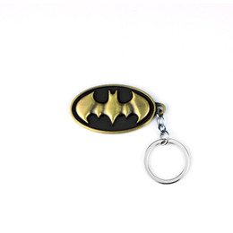 $enCountryForm.capitalKeyWord UK - Fashion 4 Colors Hot DC Comics Batman Logo Keychains SuperHero Bat Animal Pendant For Chaveiro Key Chains Key Ring