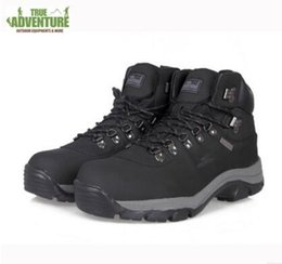 free cowboy boots UK - Free Shipping Winter Men Outdoor Hunting Jungle Genuine Leather Men Shoes Warm Wear Resisting Boots Hiking Shoes Men Camping Training Boots