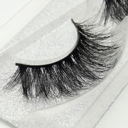 Wholesale Mink Lashes D Mink False Eyelashes Long Lasting Lashes Natural Lightweight Mink Eyelashes pair Glitter Packaging