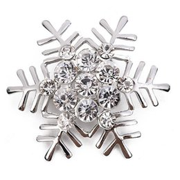 Christmas Rhinestone Snowflake Brooch for Women Gold Silver Suit Lapel Pin  Christmas Jewelry Gift with Fast Shipping db0615a65b66
