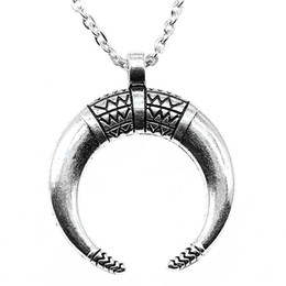 $enCountryForm.capitalKeyWord Australia - WYSIWYG 5 Pieces Metal Chain Necklaces Pendants Women Necklace Jewelry Horns Crescent Moon 34x27mm N2-B13552
