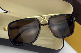 stud sunglasses Canada - Women Stud Pilot Sunglasses Gold Brown Gradient len Sunglass the party Fashion Sunglasses New with box NUML182125