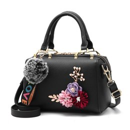 $enCountryForm.capitalKeyWord Canada - Fashion Embroidery Hairball Women Bag High Quality Flower Lady Shoulder Handbag Luxury Designer Handbags Women Bags Female Tote
