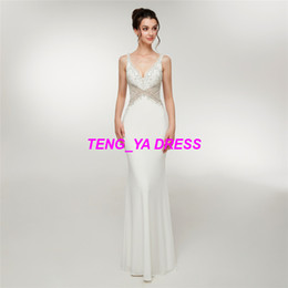 6454e9547da 2018 maravillosa brillante con cuentas vaina columna de gasa de encaje  blanco con cuello en V vestido de noche D004