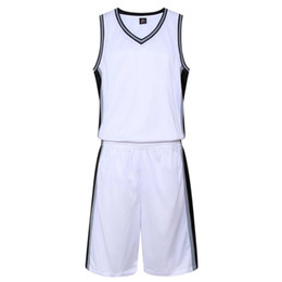 2018 New Basketball Suits Men Quickly Dry Profession Sports Uniform Summer Male  Basketball Jerseys and Shorts Outfit Breathable Man Clothes e30ca345b