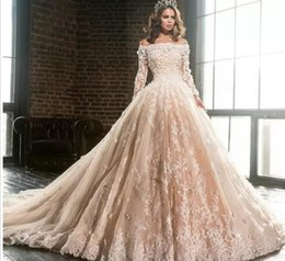 $enCountryForm.capitalKeyWord NZ - Vintage Boat Neck Long Sleeve Lace Appliques Ball Gown Wedding Dresses 2018 Luxury Flowers Puffy Champagne Quinceanera Dress