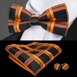 Plaid bowties online shopping - Black and gold squares jacquard men s bowties HotWholesale wedding business party Freeing shipping LH