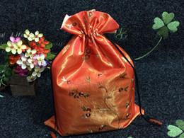 $enCountryForm.capitalKeyWord Canada - High Quality Embroidery Flower Shoes Bag Travel Portable Satin Fabric Storage Bags Drawstring Bra Underwear Pouch QW8184