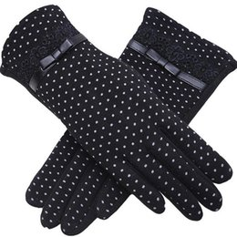 touch screen wrist Australia - Fashion Female Winter Warm Women Outdoor Sports Touch Screen Plus Cashmere Gloves Lady Bow Lace Cotton Full Finger Gloves 13A S1025