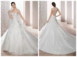 Vente en gros 2019 robes de mariée robe de mariée demetrios 731 robes de mariée en dentelle ivoire appliques col v perles en cristal de boutons en gros fait sur commande