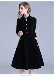 e07daa86e 2018 nuevo vestido negro de la vendimia de las mujeres elegante delgado  vestido de fiesta de terciopelo de manga larga Ol desgaste de la oficina  otoño ...