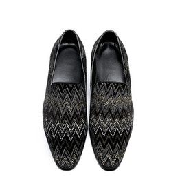 Coloured Flats NZ - 2018 Hot style Handmade men leather shoes Fashion colours rhinestone same style men loafers pointed frosted Wedding Dress Men's Flats H70