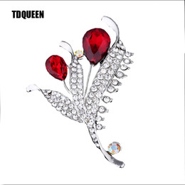TDQUEEN Crystal Brooches For Women Zinc Alloy Silver Plated With Clear  Rhinestone Accessories Gift Party Dress Jewelry Pins New 700b94c1185e