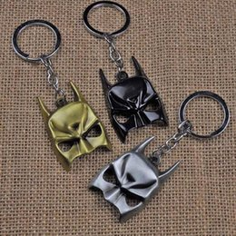 Superhero Keychains Canada - MOQ:10PCS Batman Mask Keychain The Avengers Marvel Comics Batman Bruce Wayne Superhero Joker Metal Key Chains Black Llavero Chaveiro