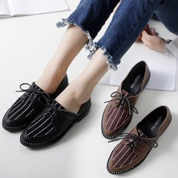 2018 New Spring Striped Oxford Shoes Woman Rubber Flats Shoes Lace-Up  Creepers Ladies Espadrilles Loafers Brogue Bullock b67d34948db