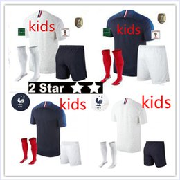 b76b83869 18 New Champion patches Maillot de Foot enfant 2018 cheap french football  kids 2 stars etoiles Equipe de fr uniform french kids kits Jerseys