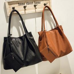 Coach Handbags Canada - Autumn New European Fashion Handbag Big Capacity Single Shoulder Package Retro Bag Casual Simple Handbag