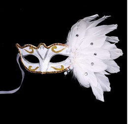 $enCountryForm.capitalKeyWord Australia - Venetian Masquerade Mask on Stick Mardi Gras Costume Eyemask Printing Halloween Carnival Hand Held Stick Feathers Party Mask