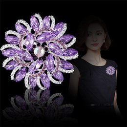 $enCountryForm.capitalKeyWord UK - Luxurious Court Flower Crystal Rhinestone Metal Alloy Brooches Silver Plated Brooch Pins Scarf Buckle Wedding Bridal Fashion Jewelry