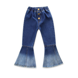 China Baby Boot Cut Jeans Soft Navy White Denim Patchwork Wash Brush Buttons Elastic Baby Girls Designer Pants Kids Spring Autumn Packet Trousers suppliers