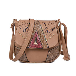 Chinese  Hot Vintage Hollow Out Women Shoulder Bag High Quality Crossbody Bags for Women Messenger Bags Patchwork PU Handbags manufacturers