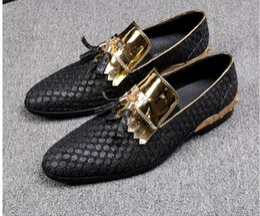 $enCountryForm.capitalKeyWord Canada - Free Shipping Tassel gold hairdresser trend fashion British wind leather hair stylist Le Fu shoes hair stylist tide shoes