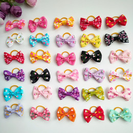 $enCountryForm.capitalKeyWord NZ - 100pcs 1.4inch Handmade Pet Products Dog Grooming Bows Dog Hair Accessories Pet Hair Tie Dog Bow Hairs rubber bands wholesale