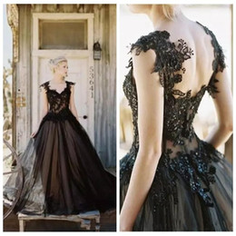 2019 Vintage Elegant Black Tulle Lace Applique Gothic A-line Wedding Dresses Cheap Gothic Beaded Backless Long Bridal Gowns Custom M87