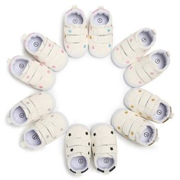 $enCountryForm.capitalKeyWord Canada - Hot Sale Rubber sole Baby Shoes skid-proof Infant First Walkers Lovely heart stars Toddler Sneakers 6 colors Free DHL G133Q