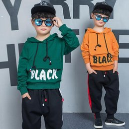 Hip Hop Clothing Babies NZ - boy black set's 2018 BOY girl Big pocket sweater two-piece Hip-hop suit Clothing baby clothing set's Children's Fashion girl set Clothes