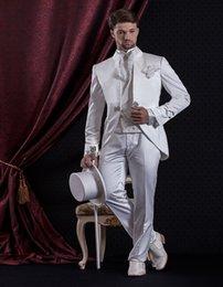 Custom Suit Embroidery NZ - White Groom Suit With Embroidery Vest Custom Made Groom Tuxedos Groomsman Suit wedding Suit 2018 (Jacket+Pants+Vest)