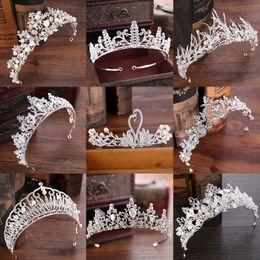 Toptan satış Çeşitli Gümüş Kristal Gelin tiara Taç Moda Inci Kraliçe Düğün Taç Başlığı Düğün Saç Takı Aksesuarları