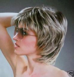$enCountryForm.capitalKeyWord Australia - New Fashion short Silver Grey wig >>>>Free shipping New High Quality Fashion Picture wig