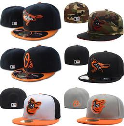 ... con sombrero embroiered equipo A carta insignia ventiladores de béisbol  Gorras de béisbol Gorras baratas Orioles en el campo de la tapa cerrada  completa 9540225bbe3