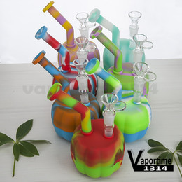 $enCountryForm.capitalKeyWord Canada - Pumpkin Silicon Water Pipe With Glass Bowl Silicon Dab Oil Rig Jar Glass Down Stem Hookah Bongs Tool Pipe Halloween 473