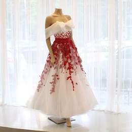 $enCountryForm.capitalKeyWord Australia - Cute White And Red A Line Tea Length Prom Dresses Off Shoulder Lace Appliques Short Party Evening Gown Sequin Girls Special Occasion Dress