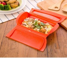 Simple Gadgets NZ - New Creative 1-2 Person Silicone Lunch Boxes Steam Case Steamer Kitchen Gadget Tool for Oven Microwave without Draining Tray Kitchen Tools