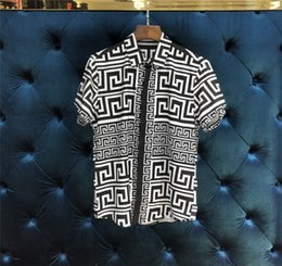 Velour clothing online shopping - New Arrival Mens Hawaiian Shirt Male Casual Camisa Geometry printing Colors Beach Shirts Short Sleeve Brand Clothing XL