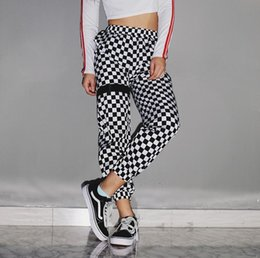 $enCountryForm.capitalKeyWord NZ - Summer explosion models women's new European and American black and white plaid printed casual pants women's pants