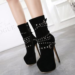 $enCountryForm.capitalKeyWord NZ - New Winter Warm Female Rivet Ankle Boots Fashion Chain High Heels Sexy Suede Round Toe Thin Heels Ladies nightclub Pumps Shoes